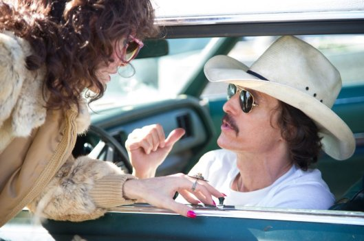 Still: Ron and Rayon talk business.